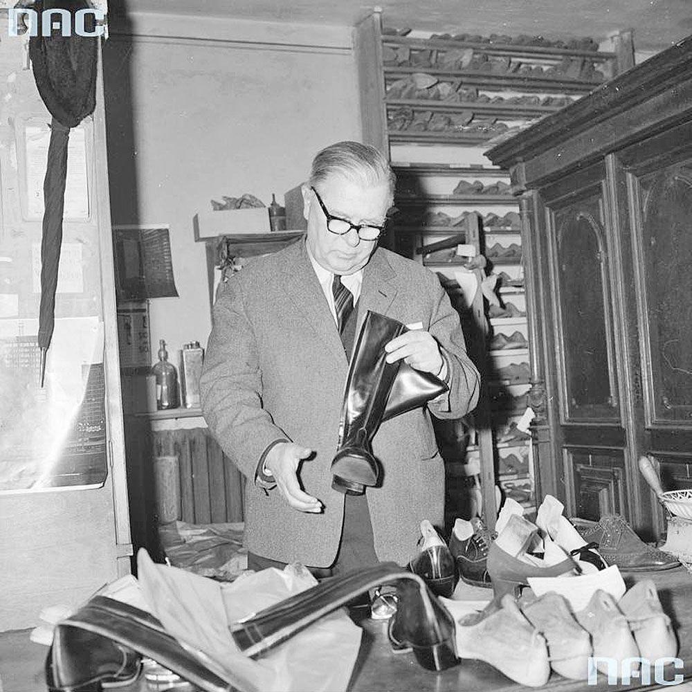Wacław Kielman w pracowni, lata 60-te XXw.