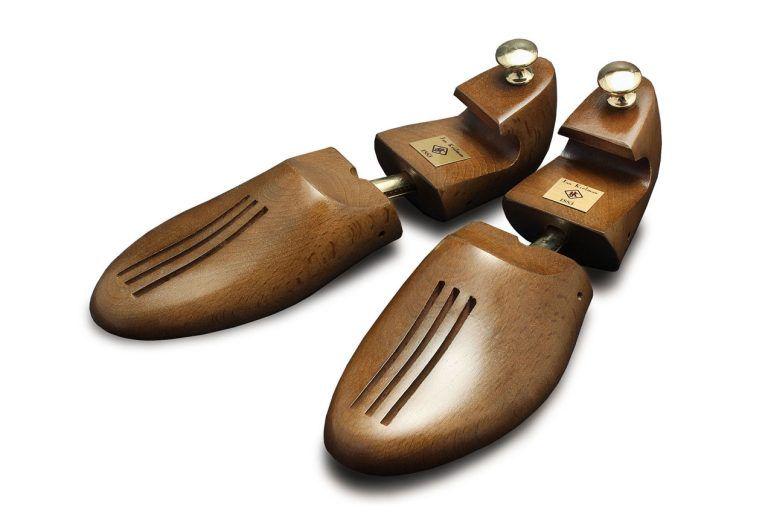 Prawidła bukowe, dwuczęściowe, wskazane do butów o większej szerokości.
